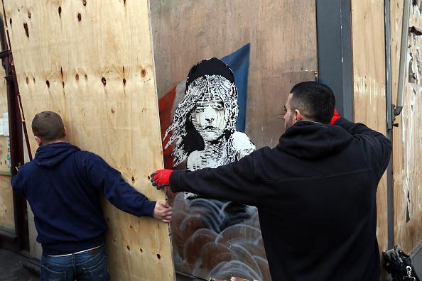 Klepto: Mural Theft Attempt