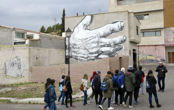 STREET ART: Uniting A Divided Town